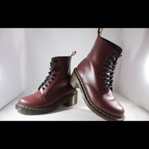 Dr. Martens Core 1460 8-Eye Boot